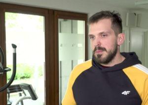 Coraz więcej dzieci cierpi na dolegliwości bólowe charakterystyczne dla dorosłych - mówi Piotr Ostrowski, trener.